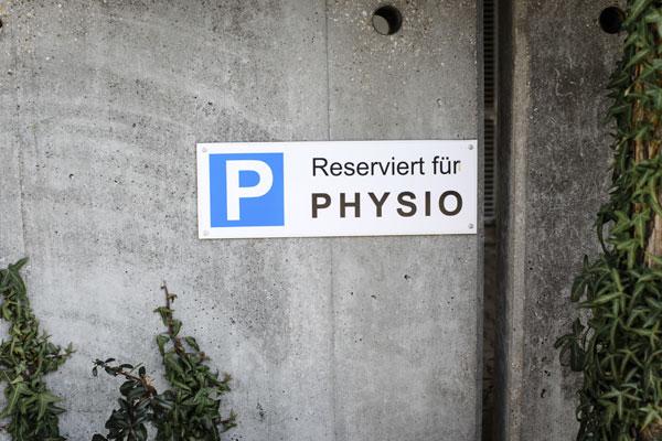 Physiotherapie Praxis Wolkersdorf - Parkplatz